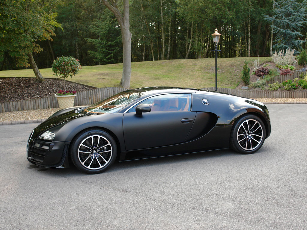 out of your price range bugatti veyron super sport sang noir extravaganzi. Black Bedroom Furniture Sets. Home Design Ideas
