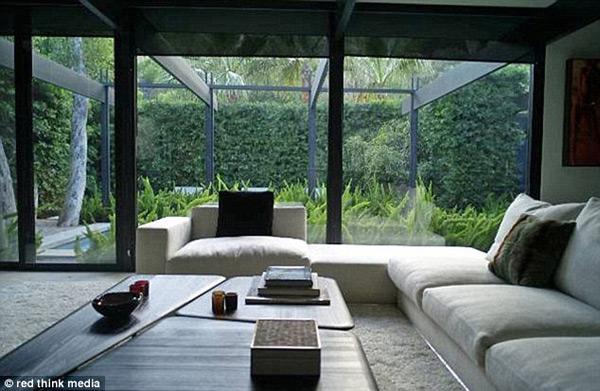 Jason Statham's LA Bachelor Home