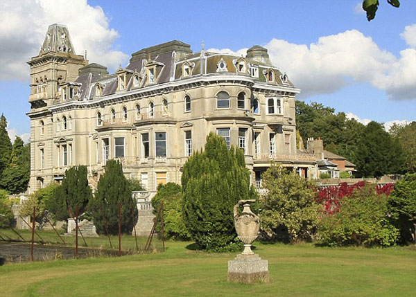 Park Place in Henley - Britain's Most Expensive Home