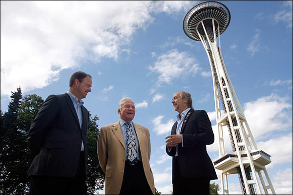 Ron Sevart, Buzz Aldrin and Richard Garriott talk about space exploration outside the Space Needle July 31. Photo by AP.