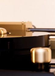 Walker Audio Proscenium Black Diamond III Turntable