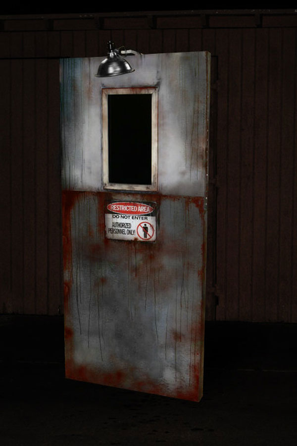 Axe killer Halloween Animatronic Door Haunted House prop