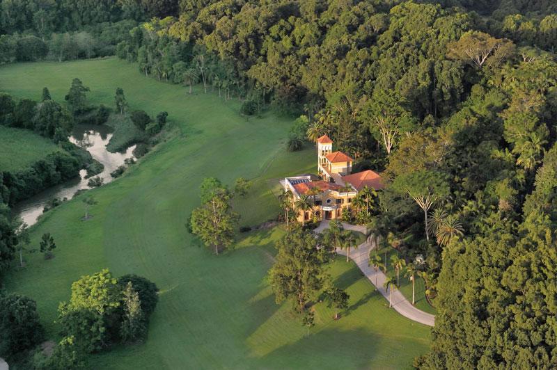 Fall Creek Motors >> Paul Hogan's Byron Bay Mansion on Sale - eXtravaganzi