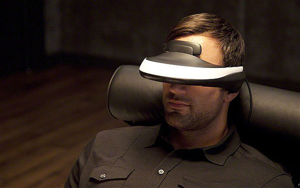 HMZ-T1 - Sony Personal 3D Viewer
