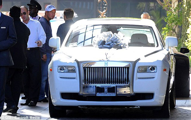 Petra Ecclestone's Post-Wedding Gift – Bow-topped White Rolls Royce Ghost