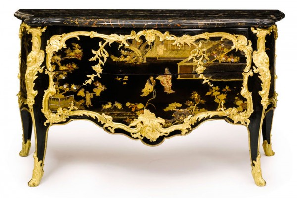 Louis XV lacquer Commode attributed to B.V.R.B.