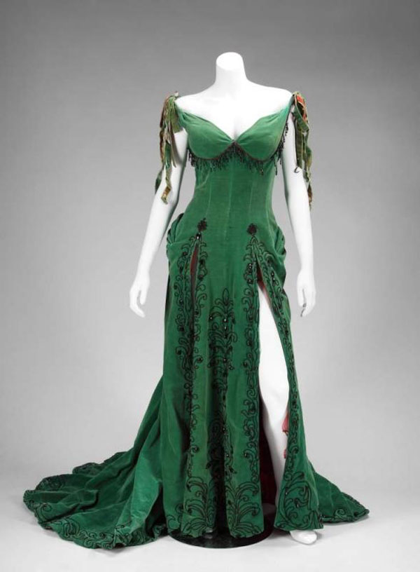 Marilyn Monroe worn dress from movie River of No Return
