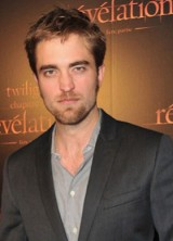 Watch The Twilight Saga: Breaking Dawn with Robert Pattinson