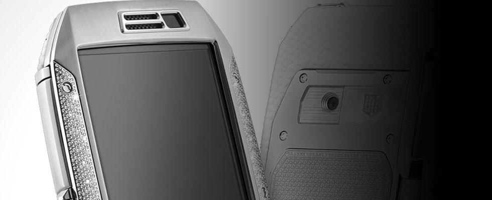 TAG Heuer Link Full Diamonds and White Lizard Smartphone