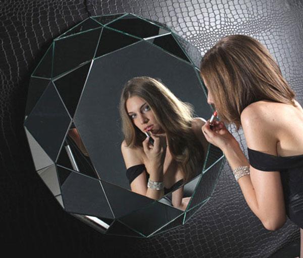 The Diamante Mirror by Regia
