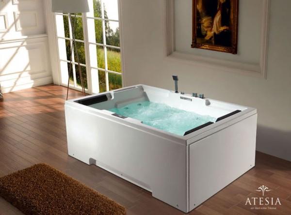 Atesia's Maui Bathtub