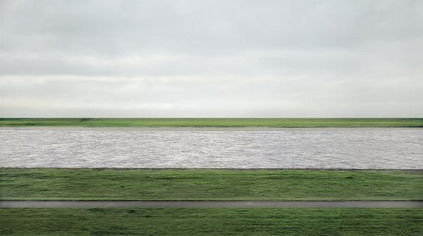 Rhein II - Andreas Gursky's photograph of the Rhine River