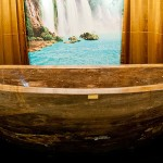 World's First Gemstone Bathtub – Le Grand Queen Sold in Dubai for $1.74 Million