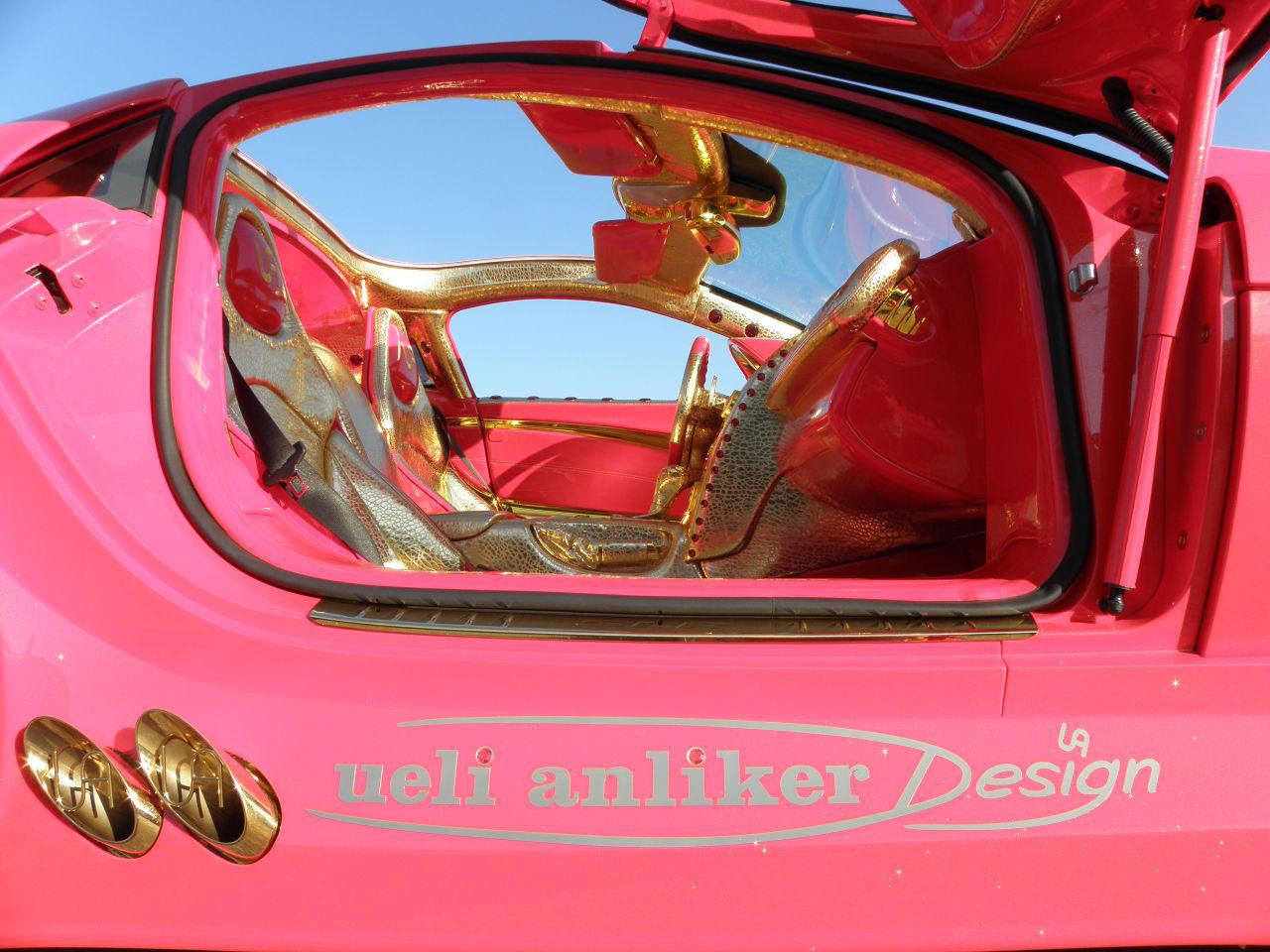 http://www.extravaganzi.com/wp-content/uploads/2011/12/Mercedes-SLR-McLaren-999-Red-Gold-Dream-8.jpg