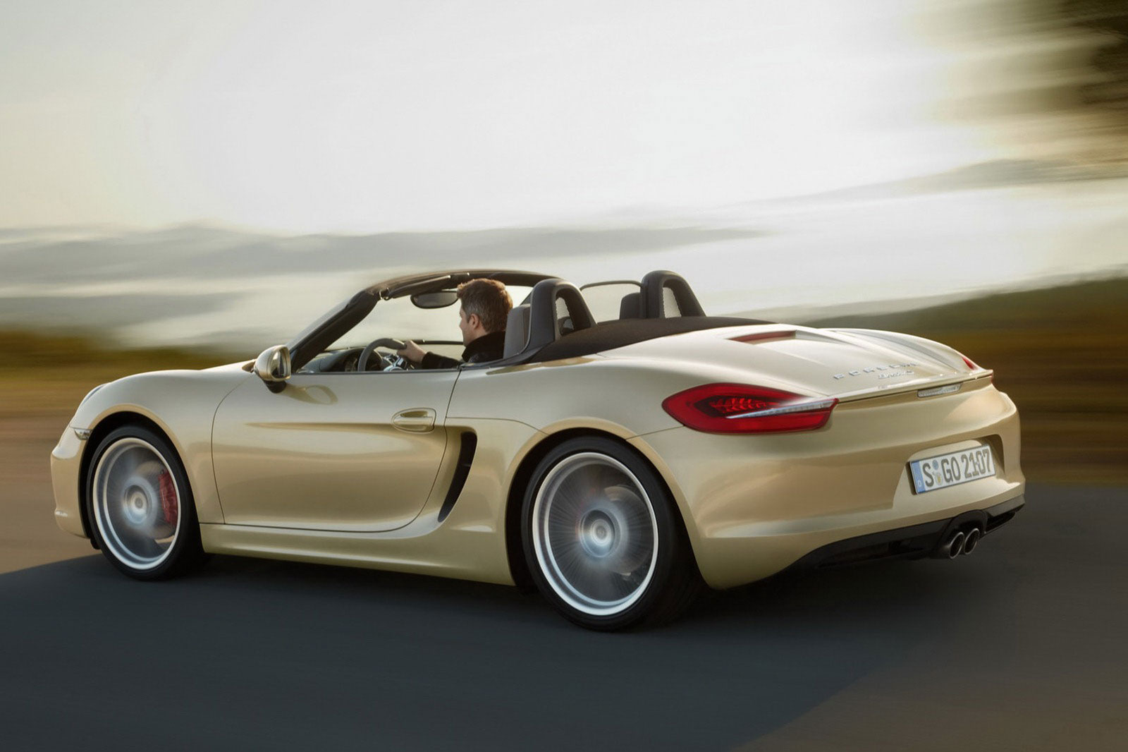 2013 porsche boxster go on sale mid summer extravaganzi. Black Bedroom Furniture Sets. Home Design Ideas