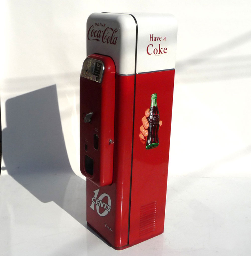 vendo coca cola machine