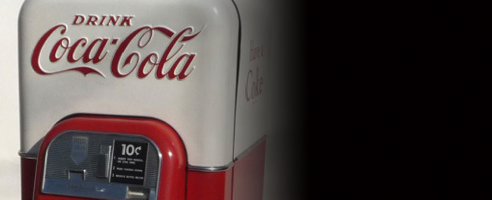 A Rare Coca Cola Vendo 44 Soda Machine in Original Paint for Sale