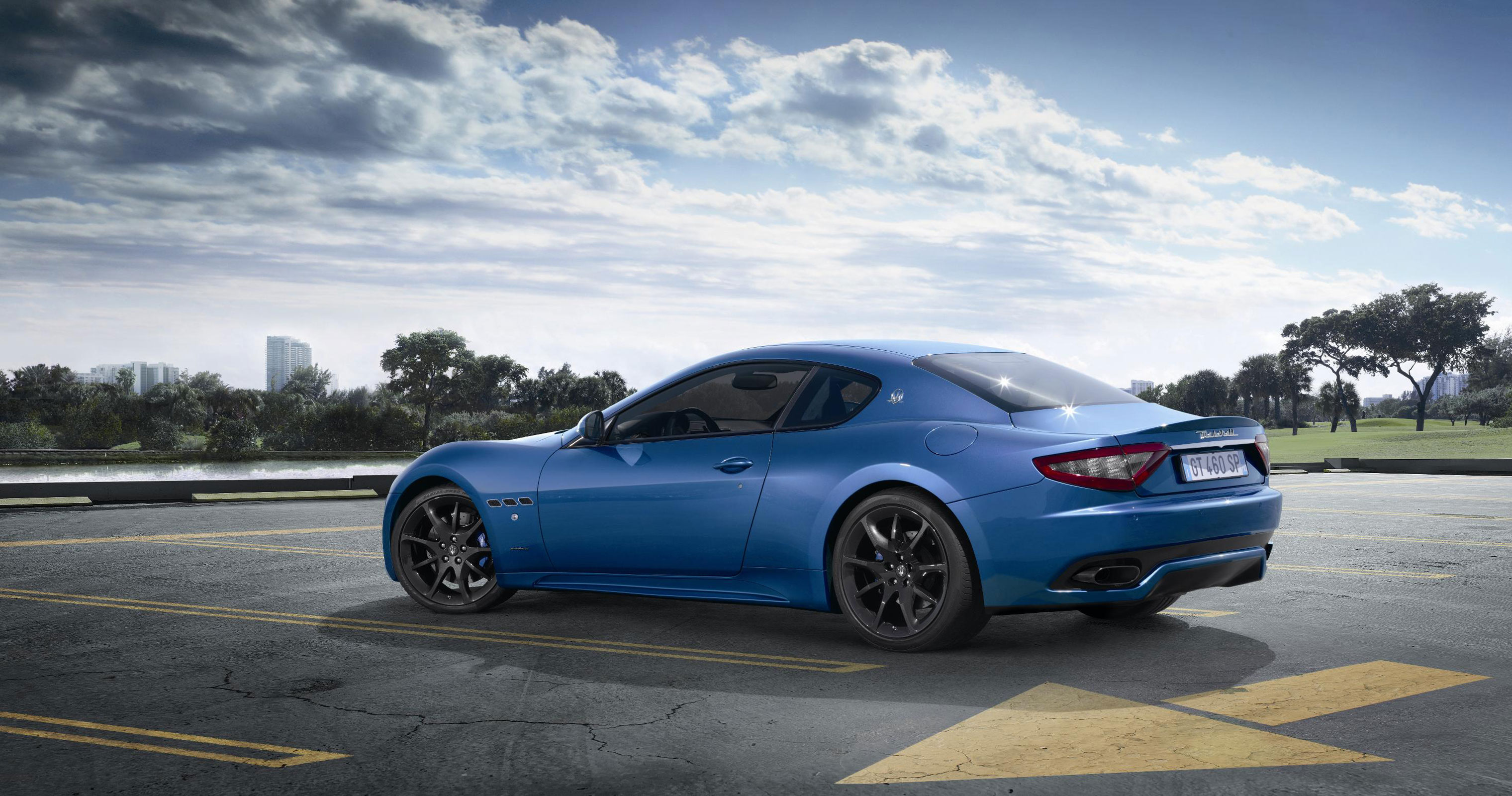 maserati granturismo sport to debut at geneva auto show extravaganzi. Black Bedroom Furniture Sets. Home Design Ideas