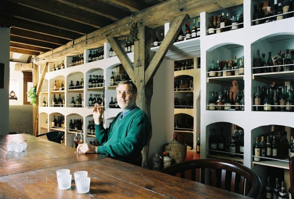 Bay van der Bunt is parting with his 5,000 bottles of rare, old liquor after building up the largest private collection in the world.