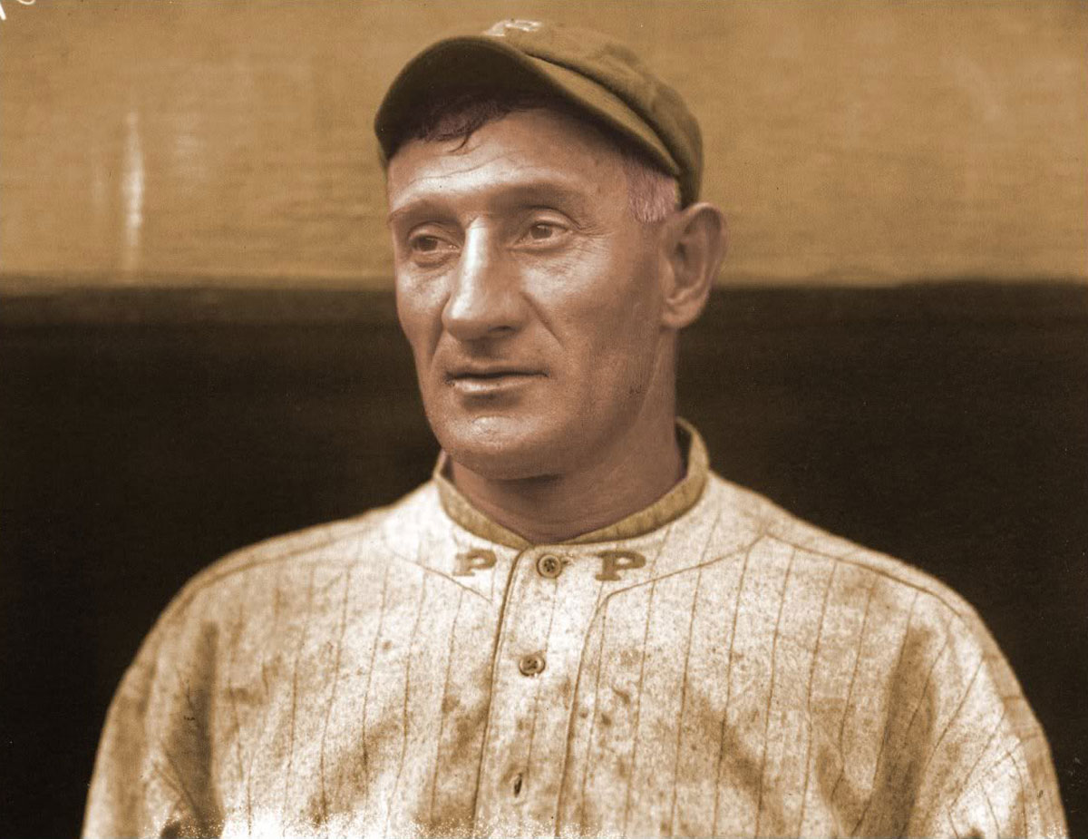 honus wagner s rare baseball card may fetch 1 5 million. Black Bedroom Furniture Sets. Home Design Ideas