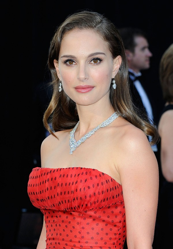 Natalie Portman in the vintage Christian Dior gown on the Oscars red carpet