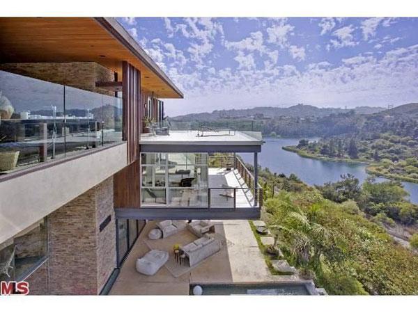Ashton Kutcher Buys Ultra Modern Hollywood Hills Home