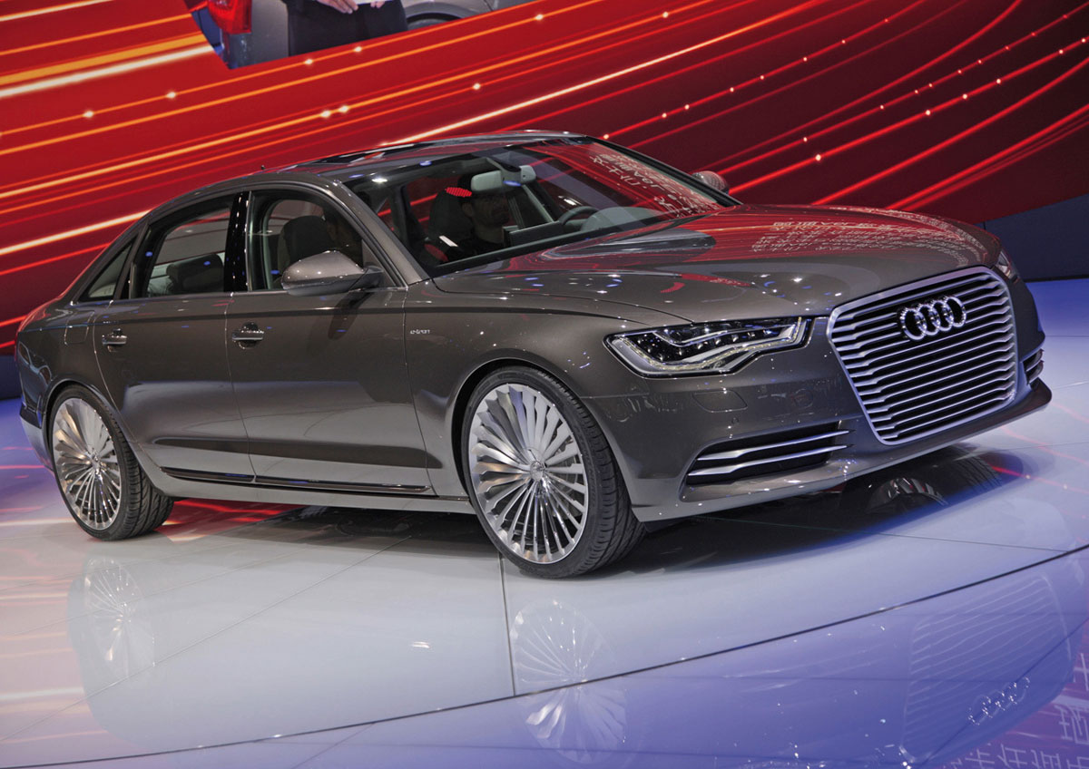 audi a6 l e tron plug in hybrid sedan unveiled at beijing auto show extravaganzi. Black Bedroom Furniture Sets. Home Design Ideas