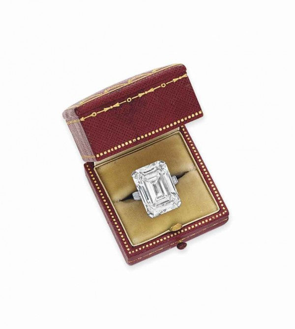Cartier diamond ring, weighing approximately 19.86-carats