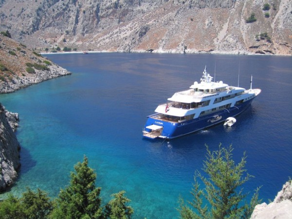 Luxury Superyacht Laurel by Delta Marine on Sale with $5.5 Million Discount