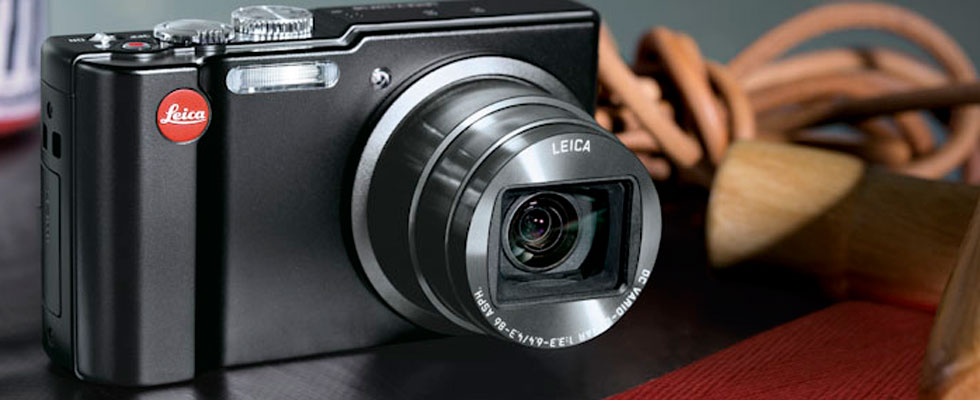 Leica V-Lux 40 - Super-zoom compact digital camera with touch-screen, 20x zoom, GPS and HD video
