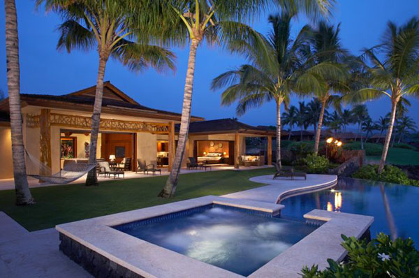 8 2 Million Luxury Hawaiian Residence At The Exclusive