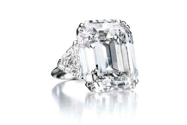 Diamond Ring with a Rectangular Cut Stone