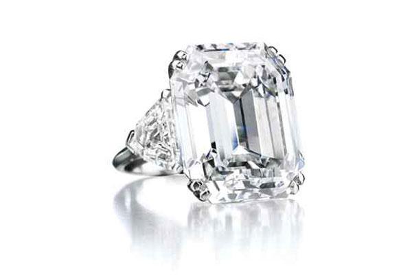 Diamond Ring with a Rectangular Cut Stone