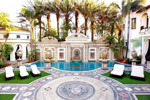 Mansions For Sale in Miami Beach Versace 39 s Miami Beach Mansion