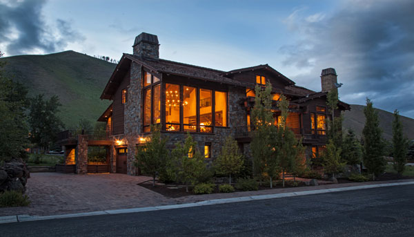 Howard Estate in Sun Valley – Luxury Mountain Estate In Popular Ski Destination for Sale