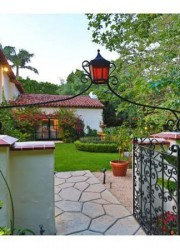 Madonna&#039;s-Beverly-Hills-Palace-4
