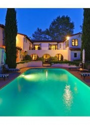 Madonna&#039;s-Beverly-Hills-Palace-7