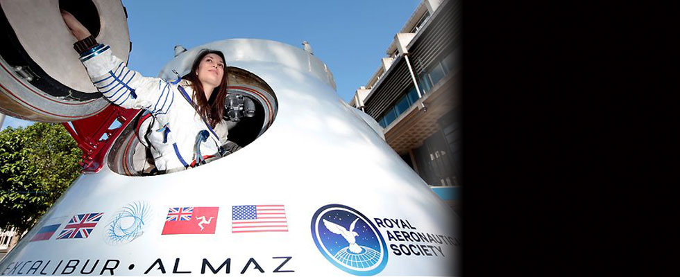 Got $156 Million?! You Can Fly to the Moon!