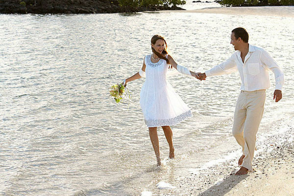Extravagant Dream Wedding Package at Four Seasons Resort Mauritius to Mark 12.12.12.