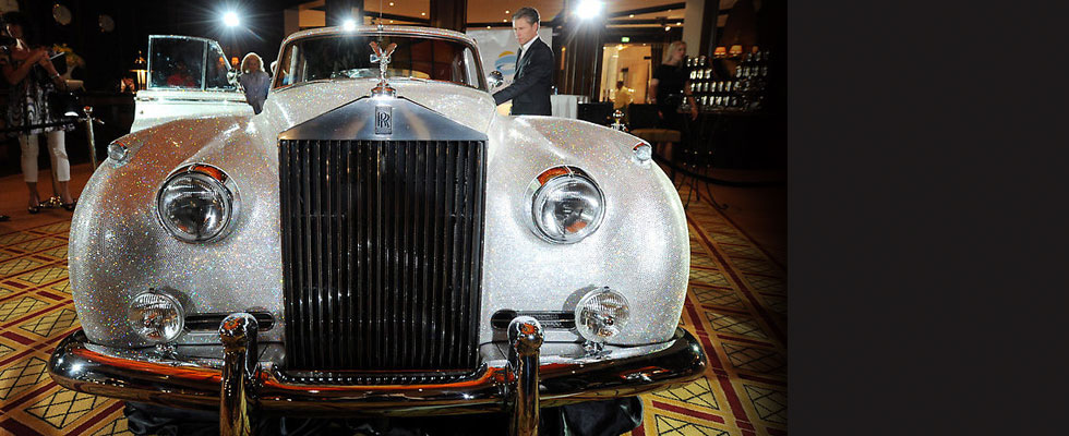 Glittering Swarovski-studded 1962 Rolls Royce Silver Cloud II to be Auctioned for Charity