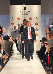 The-Legendary-Red-Devils-Take-to-the-Catwalk-3