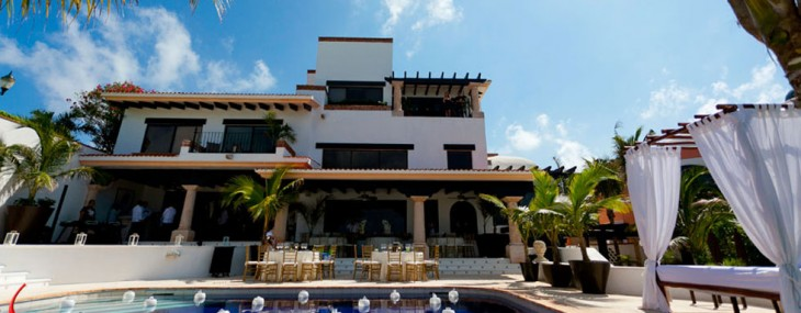 Luxury Villa Albatros on the Ocean in Cancun, Mexico – Experience of a Lifetime