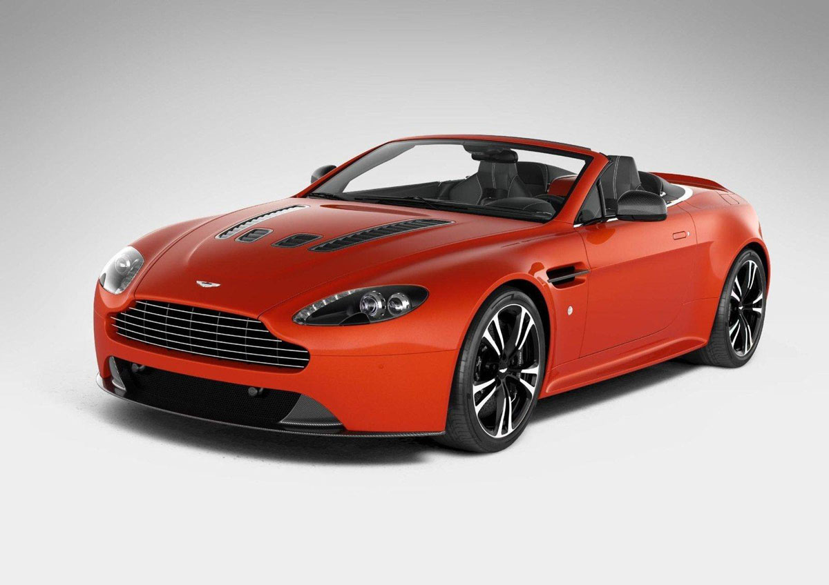 aston martin v12 vantage roadster finally surfaced the web extravaganzi. Black Bedroom Furniture Sets. Home Design Ideas