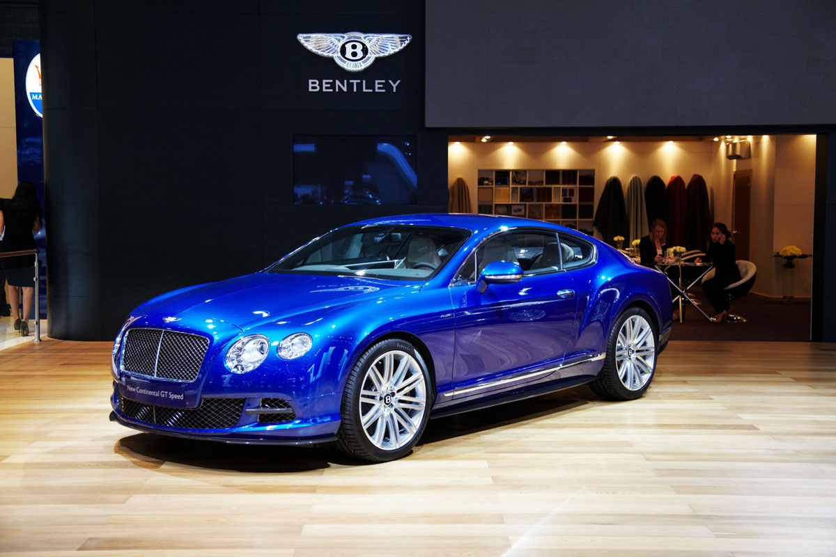 Three Premieres for Bentley at Moscow Auto Show