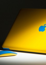 ColorWare Modified MacBook Pro Adding Brilliant Colors