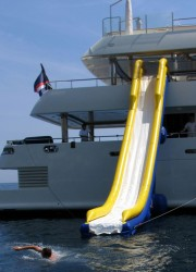 FreeStyle Cruiser Inflatable Water Slides – World's First Custom made Water Slides for Yachts