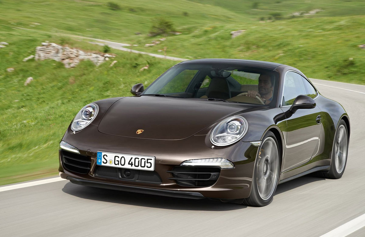 Porsche 911 Carrera 4 and 4S Models to be Unveiled at Paris Motor Show