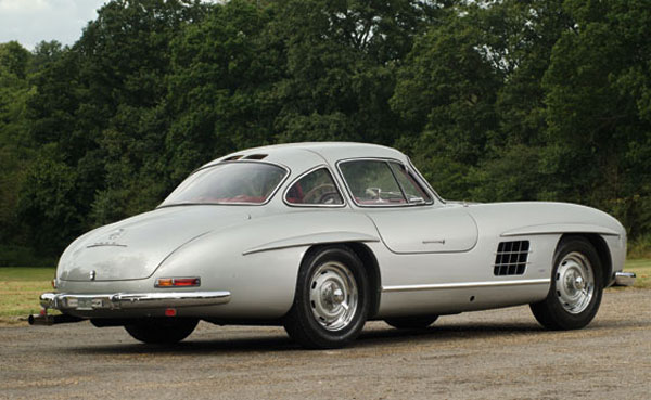 1955 mercedes 300sl gullwing could fetch 5 2 million at rm auctions 39 london sale extravaganzi. Black Bedroom Furniture Sets. Home Design Ideas