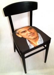 Sit On Celebrity Face – Jennifer Graylock's Sit on My Face Chairs