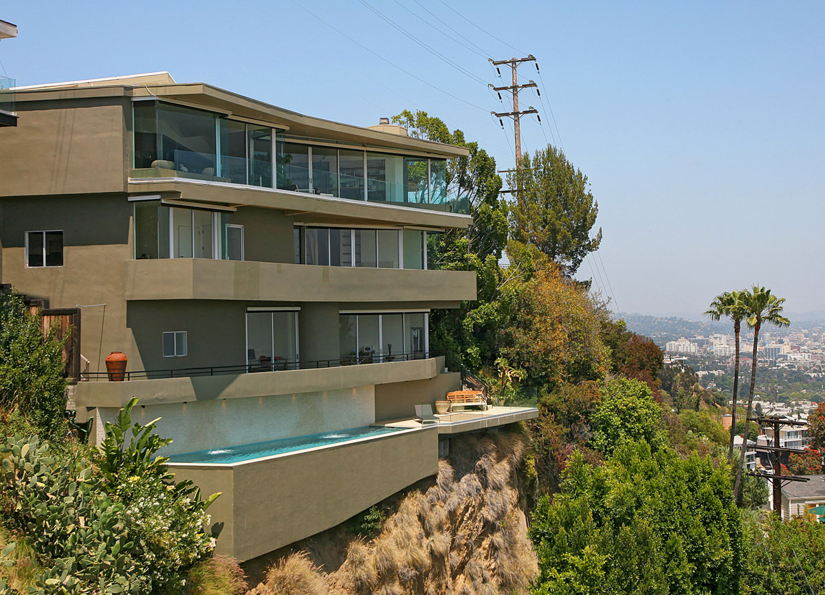 Luxury Glass Residence High Above the Sunset Strip on Sale for $7,299,000